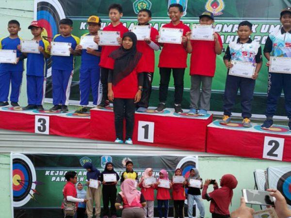 Juara 1 Beregu Putra dan Juara 2 Beregu Putri Kejurda Panahan Tingkat Provinsi Jawa Timur