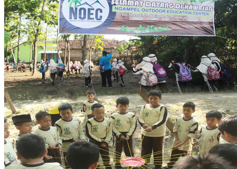 Pembelajaran inovatif di Ngampel Outdoor Education Center (NOEC)
